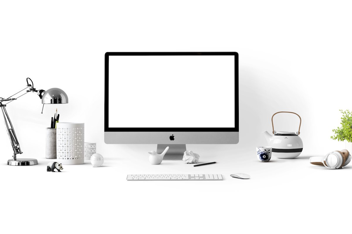 iMacを置いたデスク