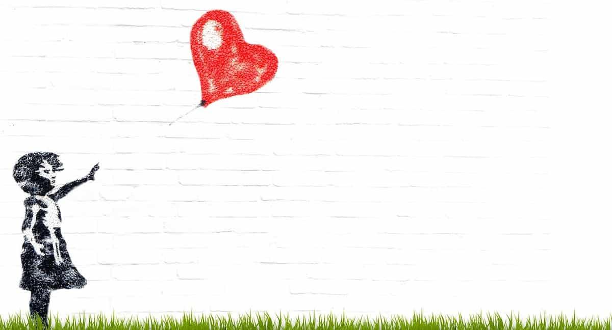 ハートの風船を手放してしまった少女の壁画