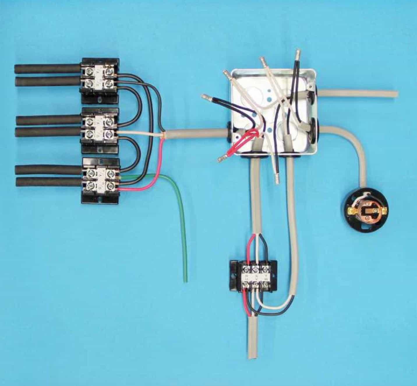 第一種電気工事士の技能試験の試験問題No.6の施工完成形