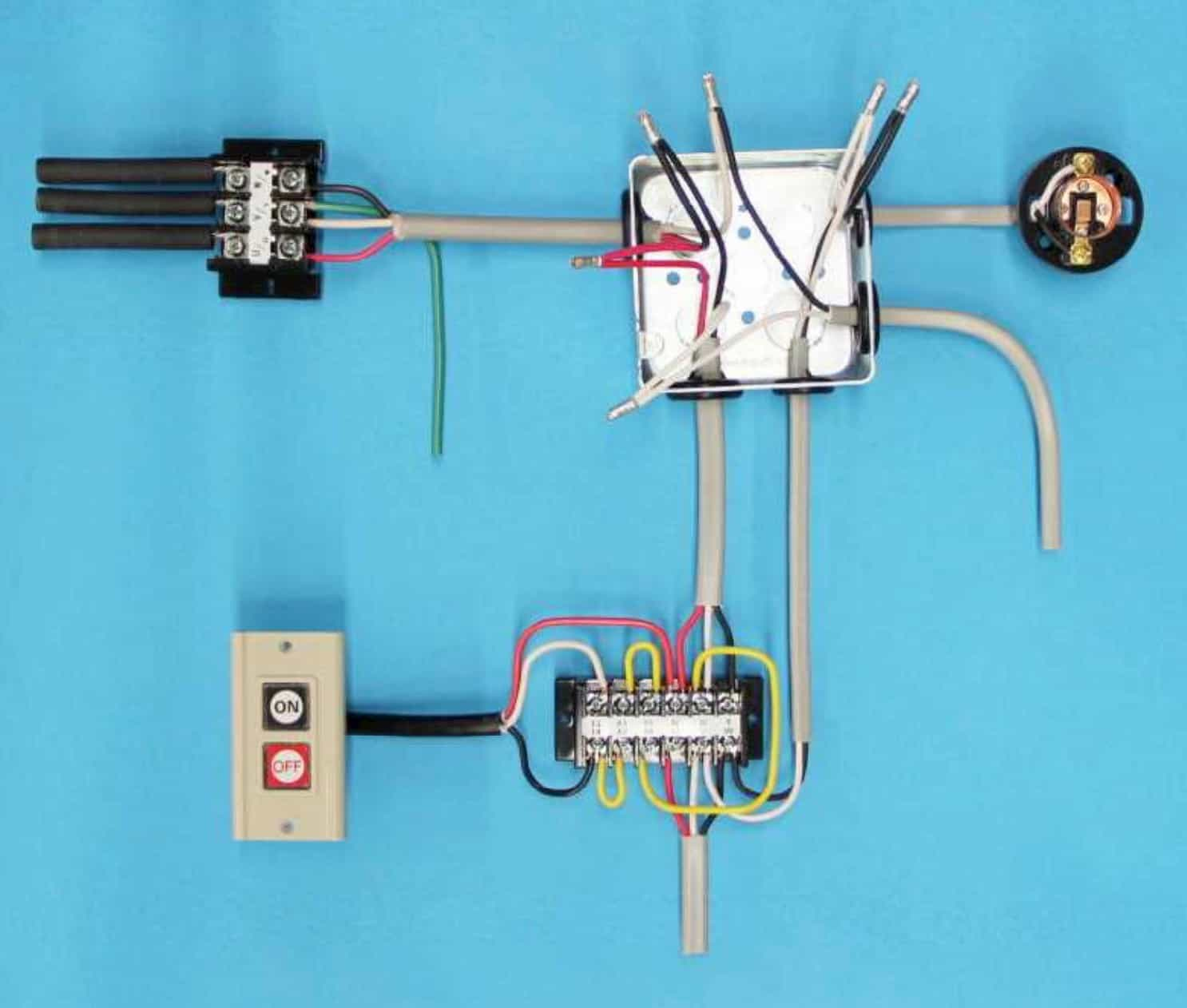 第一種電気工事士の技能試験の試験問題No.8の施工完成形