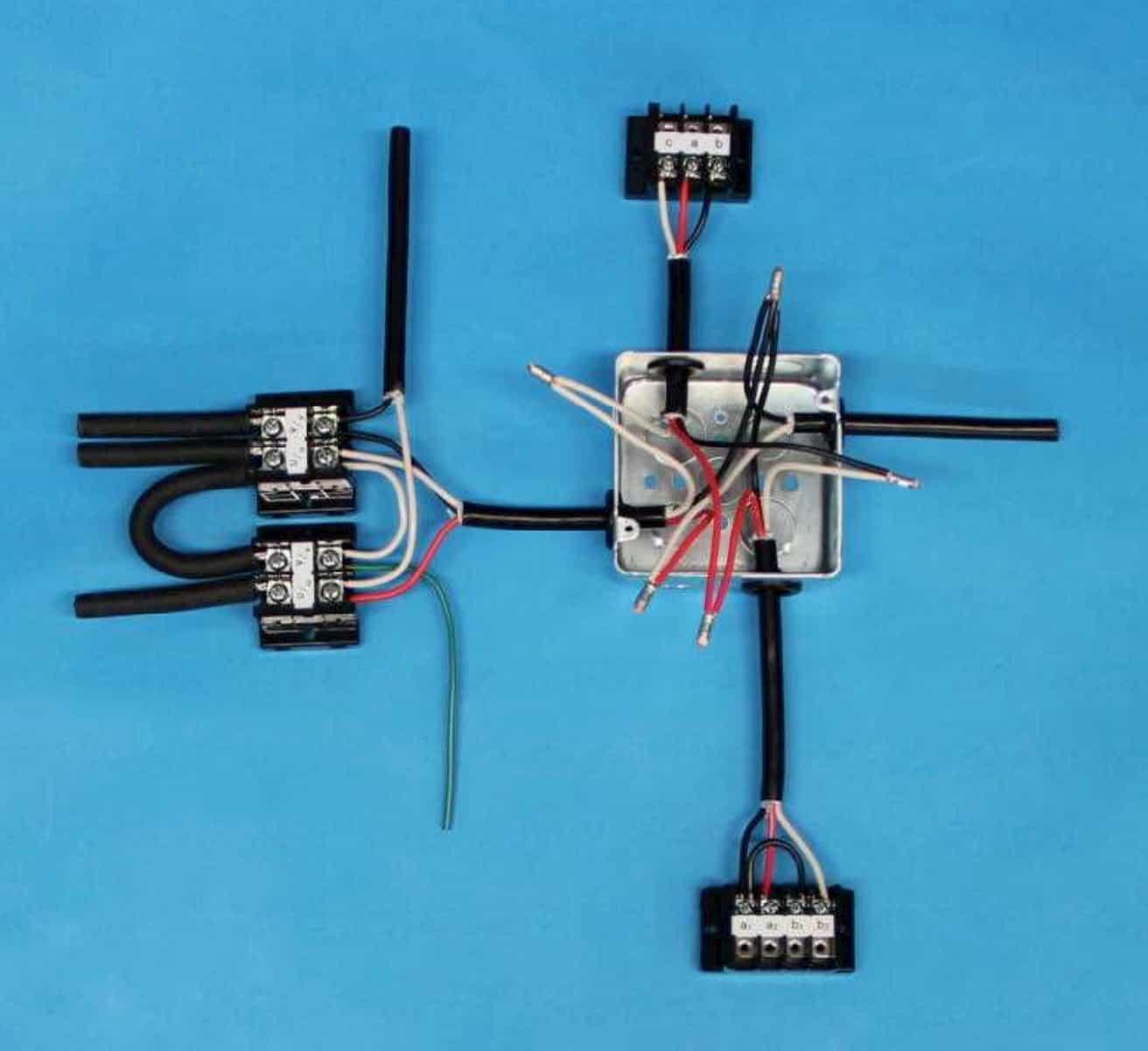 第一種電気工事士の技能試験の試験問題No.10の施工完成形