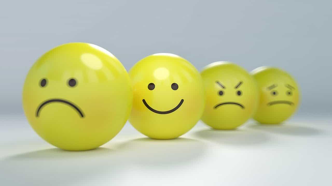 いろいろな表情のボール